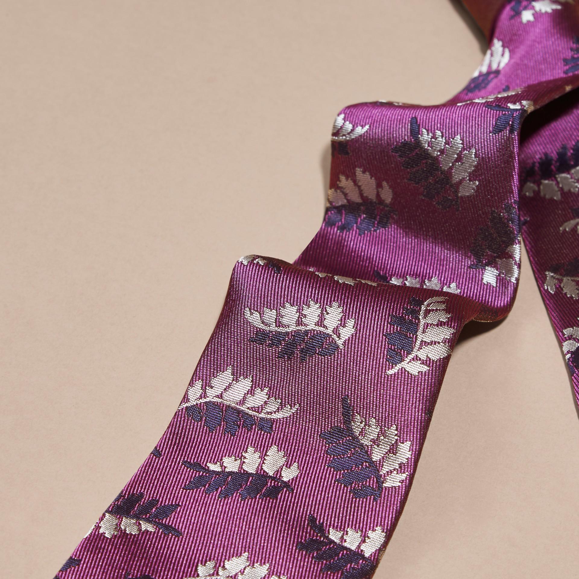 Fuschia Modern Cut Leaf Jacquard Silk Tie - gallery image 2