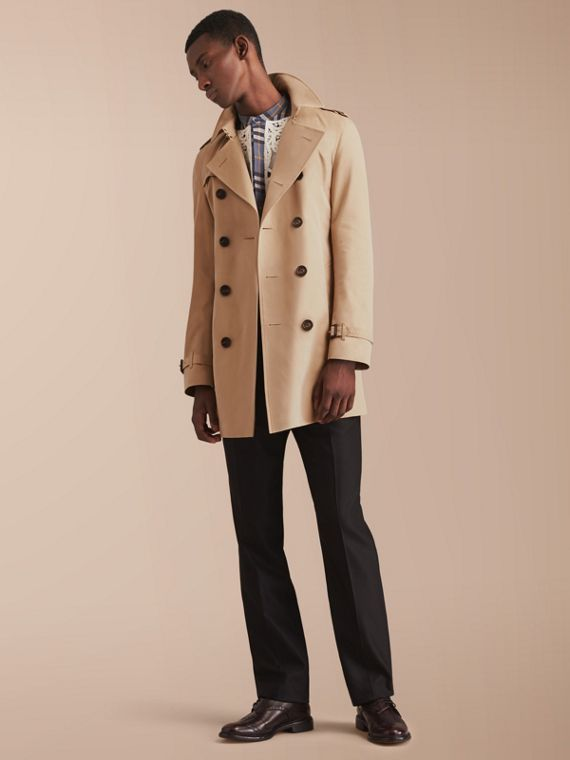Chelsea – Trench coat Heritage de longitud media (Miel) - Hombre | Burberry