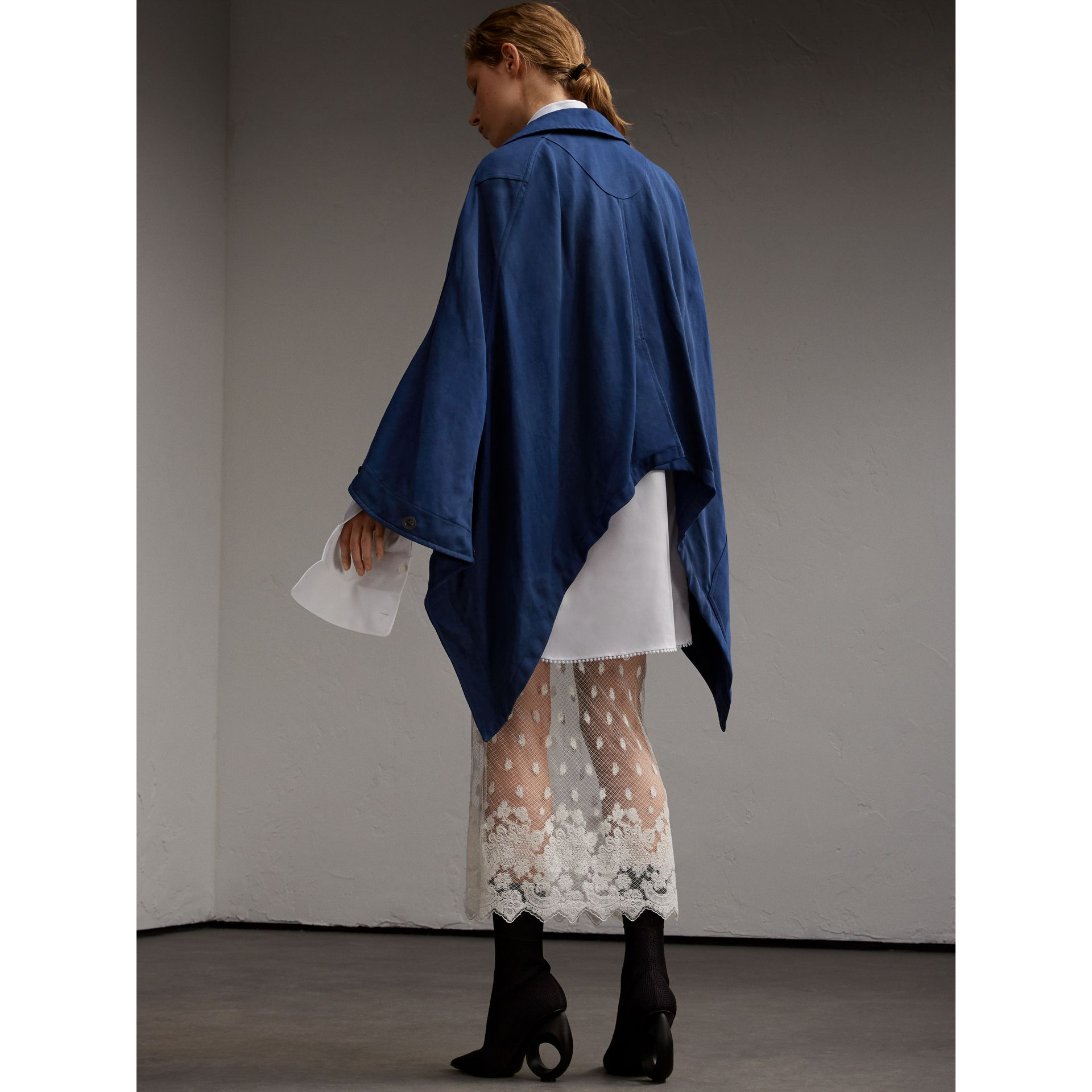 Ramie Cotton Workwear Cape - gallery image 3