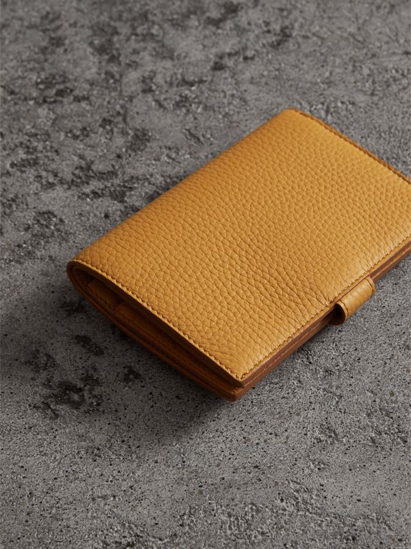 Embossed Grainy Leather Folding Wallet in Ochre Yellow | Burberry - cell image 2