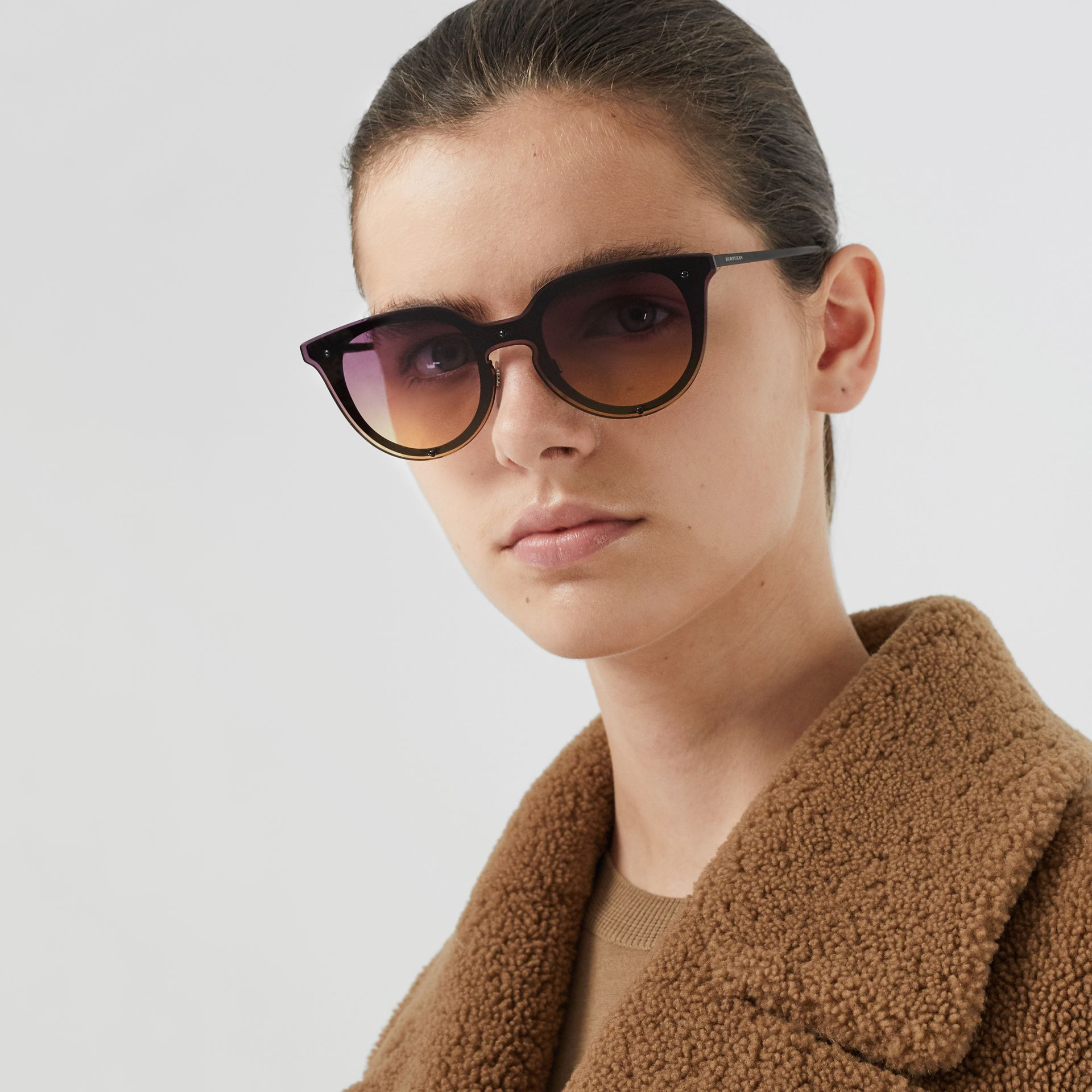 Keyhole Round Frame Shield Sunglasses in Purple - Women | Burberry - gallery image 2