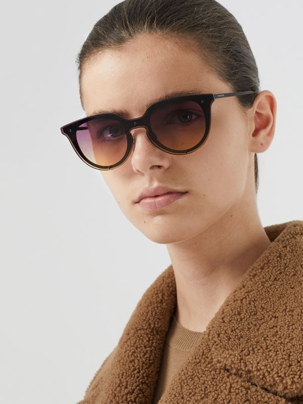 Keyhole Round Frame Shield Sunglasses in Purple - Women | Burberry - cell image 2