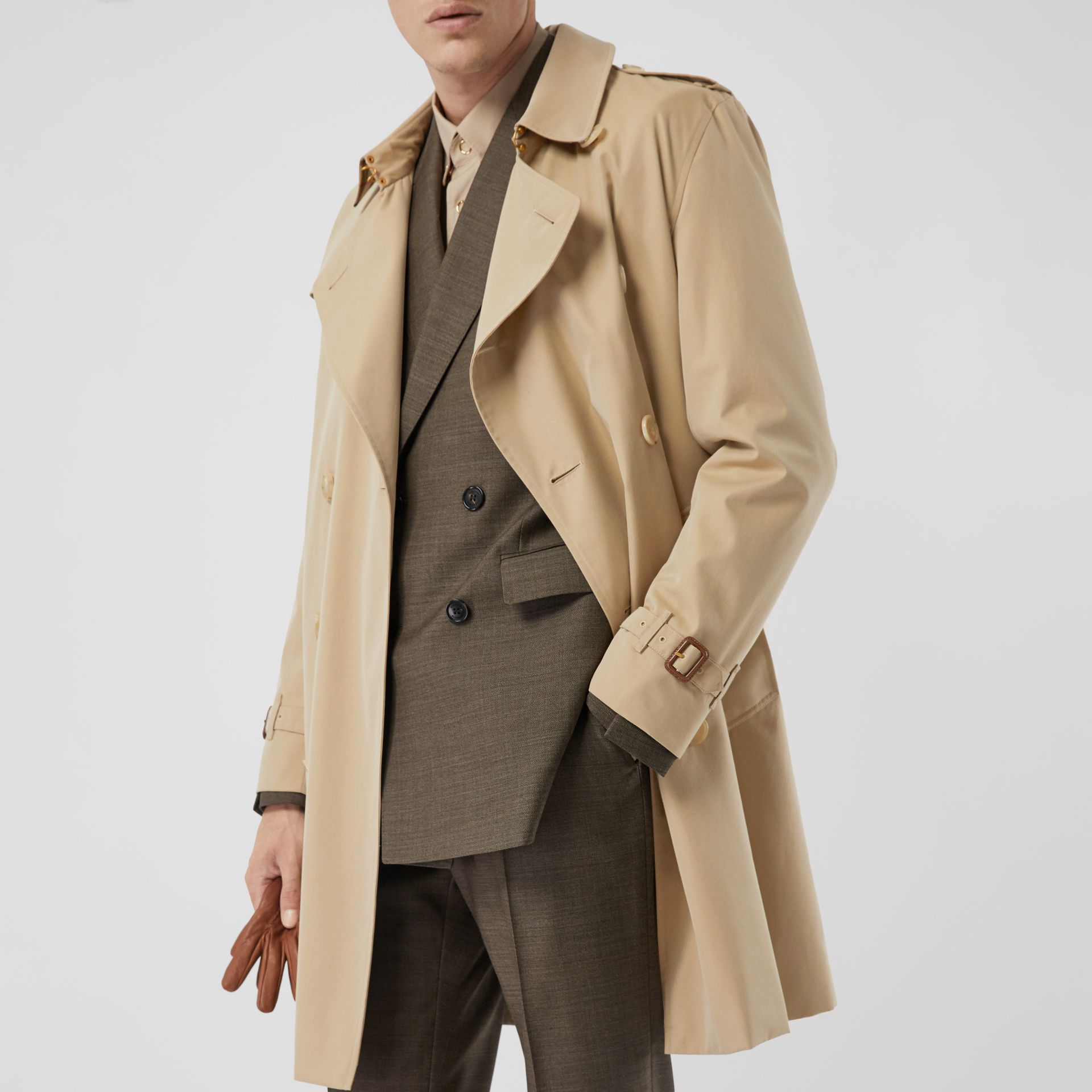 The Mid-length Kensington Heritage Trench Coat in Honey - Men | Burberry Singapore - gallery image 10