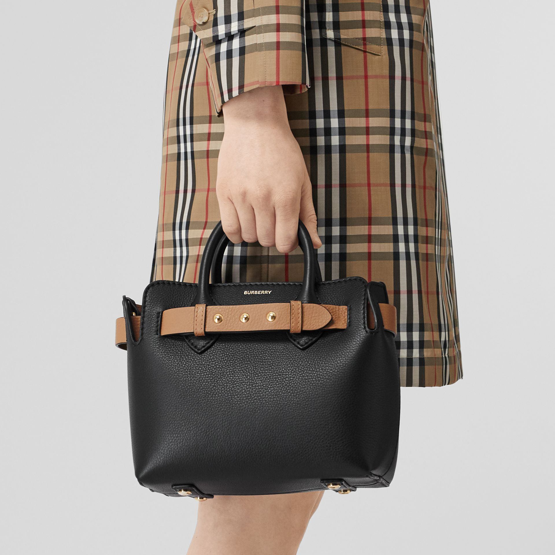 Borsa The Belt mini in pelle con tre borchie (Nero) - Donna | Burberry - immagine della galleria 5