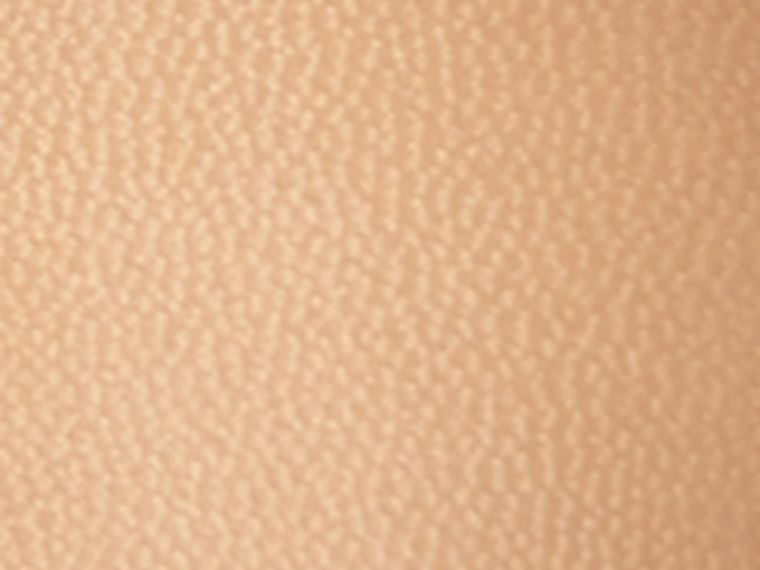Camel Escarpins en cuir à bout pointu peints à la main Camel - cell image 1