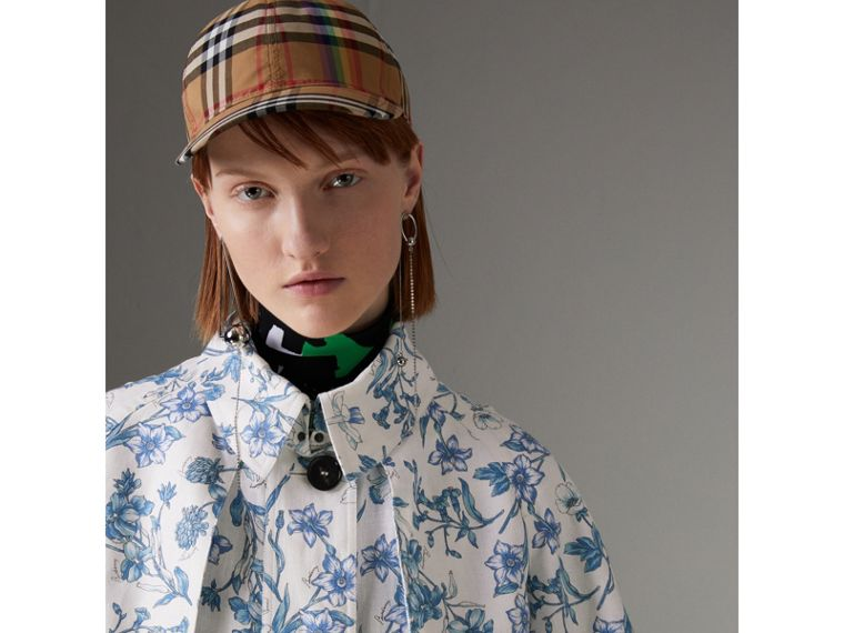 Reissued 2005 Floral Print Linen Dress Coat in Blue China - Women | Burberry - cell image 1