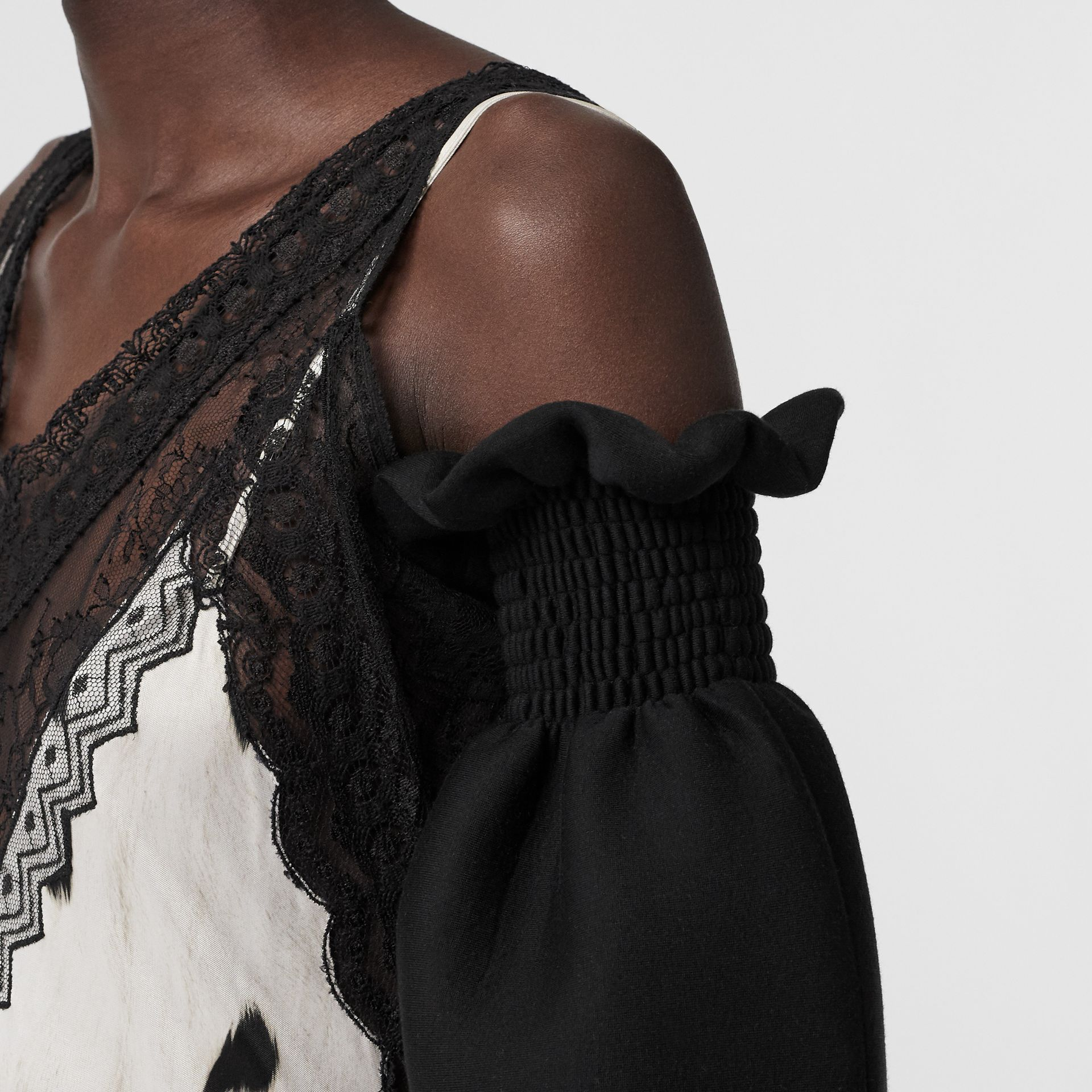 Kingdom Print Neoprene Puff Sleeves in Black - Women | Burberry - gallery image 4