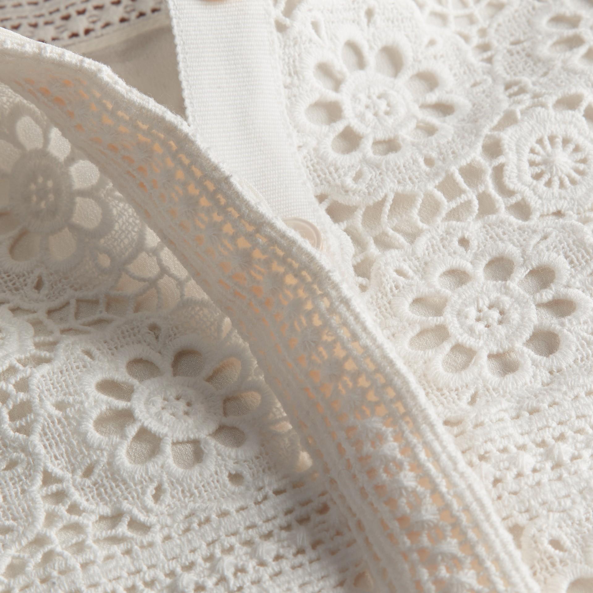 Branco natural Vestido camisa de renda de algodão - galeria de imagens 2