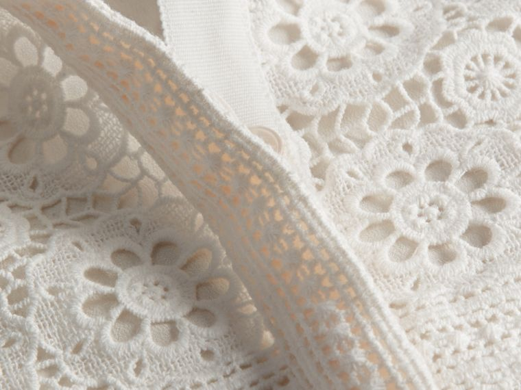 Branco natural Vestido camisa de renda de algodão - cell image 1