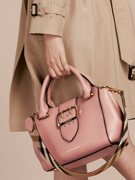 The Small Buckle Tote in Grainy Leather Dusty Pink - cell image 3