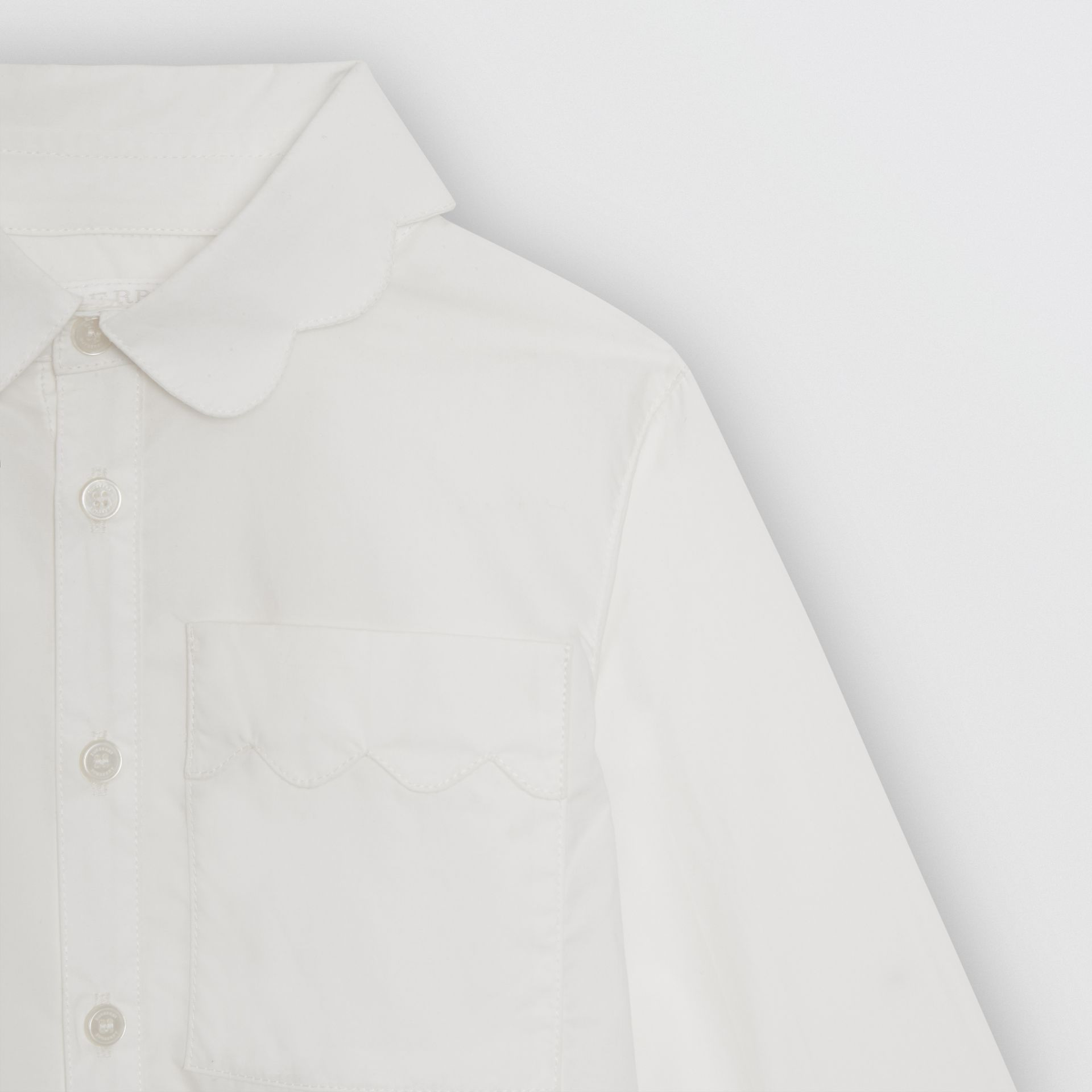 Scallop Detail Stretch Cotton Poplin Shirt in White | Burberry - gallery image 4