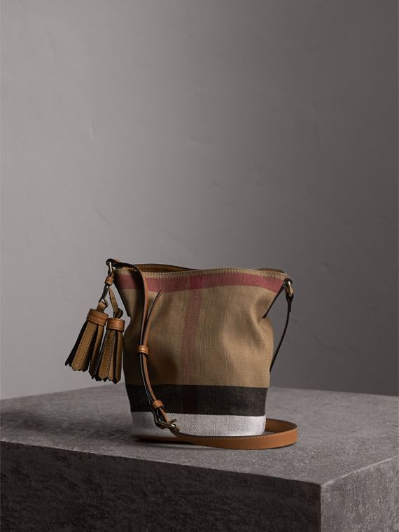 The Ashby piccola con pelle e motivo Canvas check (Marrone Cuoio) - Donna | Burberry