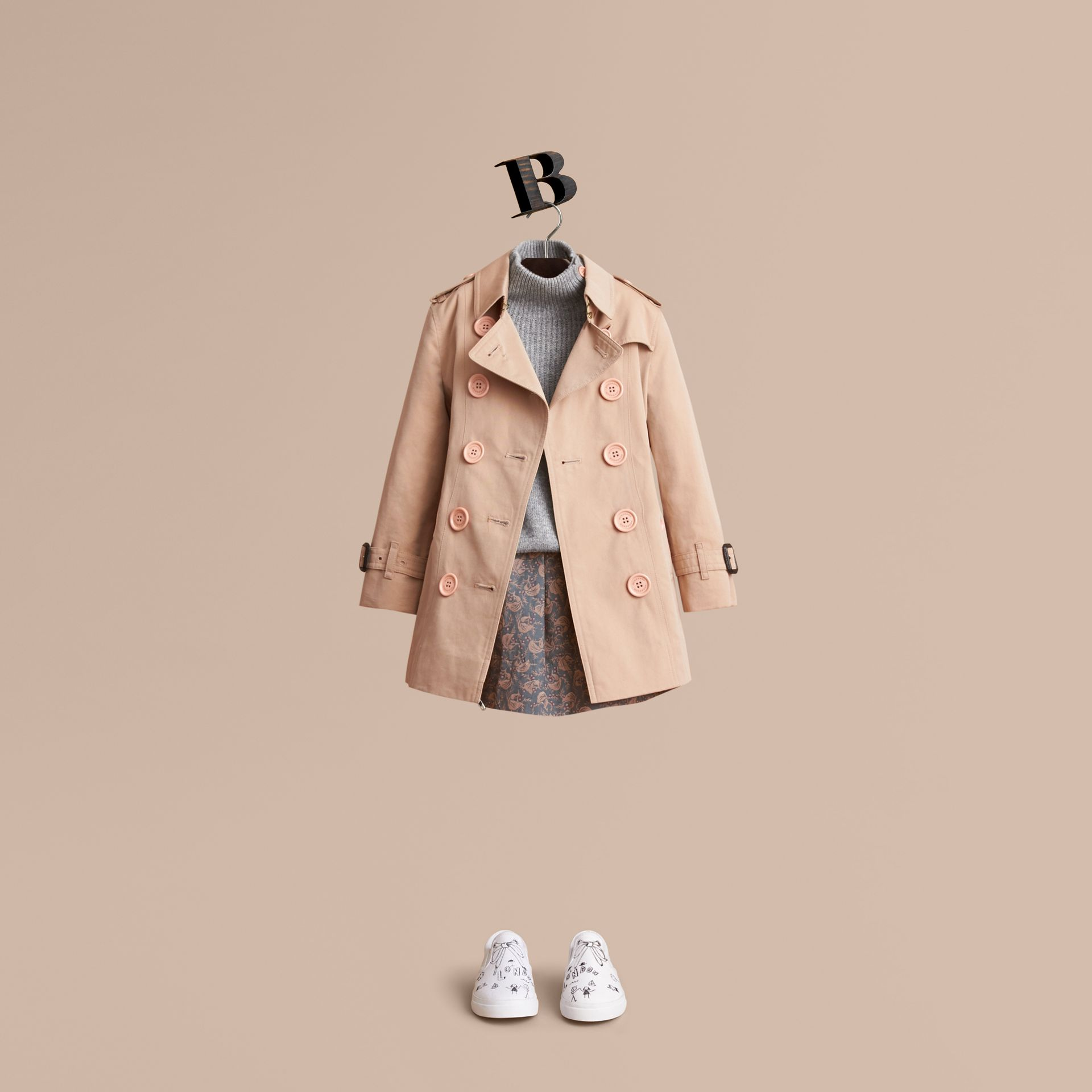 The Sandringham – Heritage Trench Coat in Stone - Girl | Burberry Australia - gallery image 1