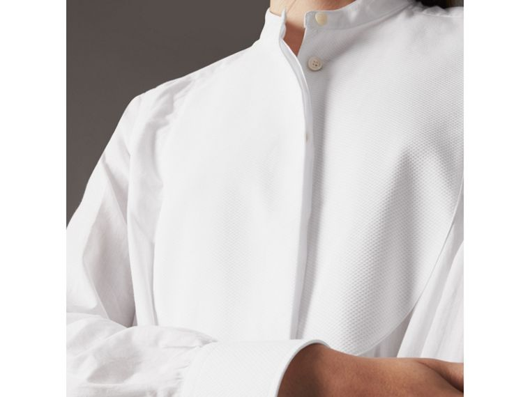 Bib Detail Cotton Longline Tunic Shirt in White - Women | Burberry - cell image 4