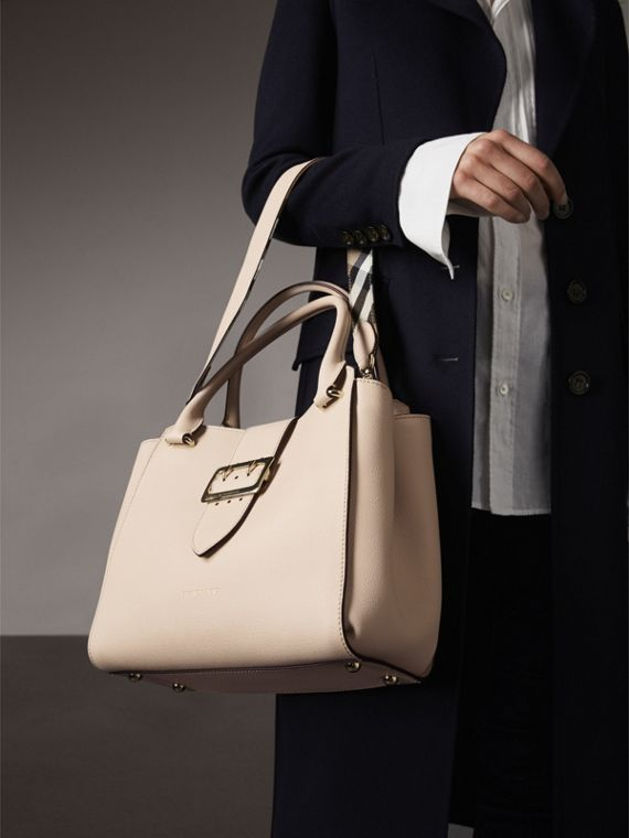 The Medium Buckle Tote in Grainy Leather in Limestone - cell image 3