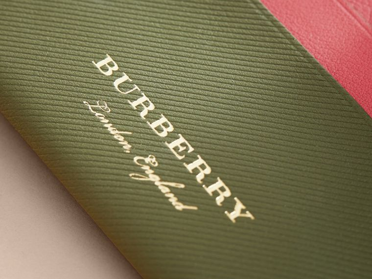Two-tone Trench Leather Card Case in Mss Green/ Blsm Pink - Women | Burberry - cell image 1