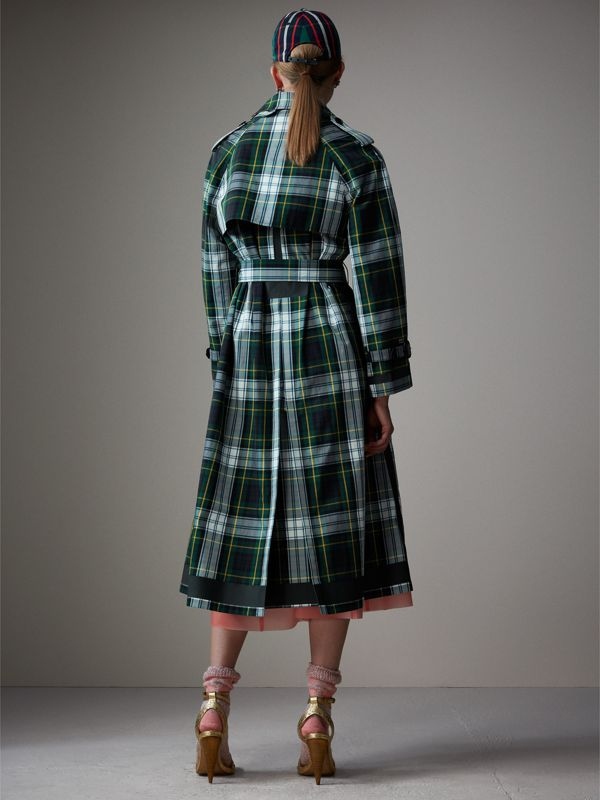 Tartan Cotton Gabardine Trench Coat in Ink Blue | Burberry - cell image 2