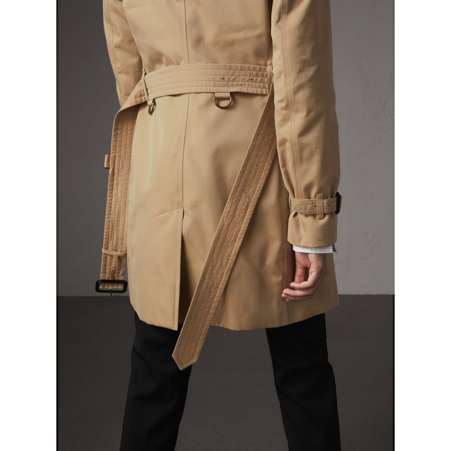 The Kensington – Mid-Length Heritage Trench Coat in Honey - Women | Burberry Australia - gallery image 7