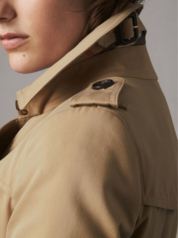 The Chelsea – Extra-long Trench Coat in Honey - Women | Burberry United States - cell image 1