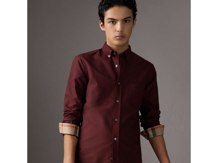 Check Detail Cotton Oxford Shirt in Oxblood - Men | Burberry United Kingdom - cell image 4