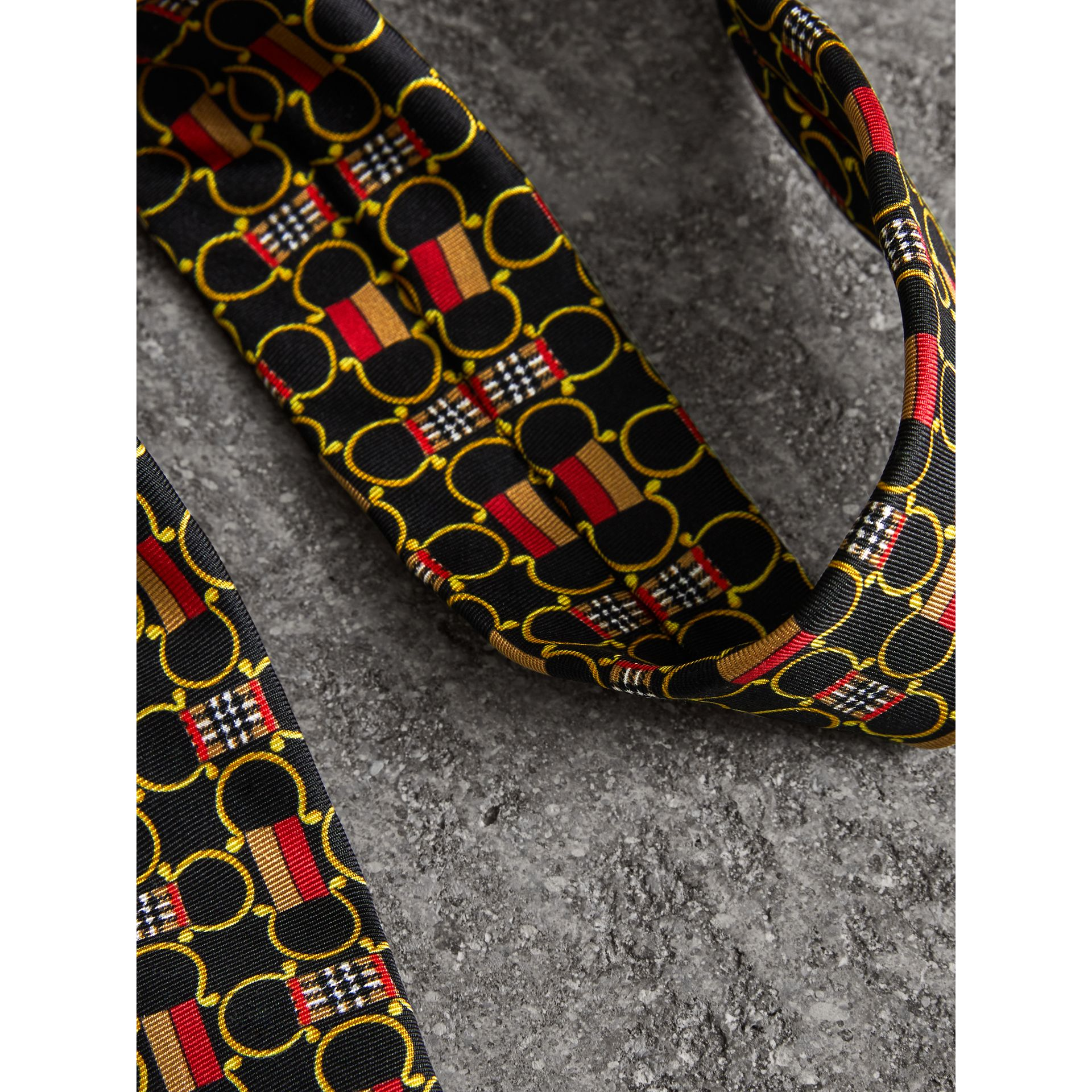 Slim Cut Archive Scarf Print Silk Tie in Black - Men | Burberry Hong Kong - gallery image 1