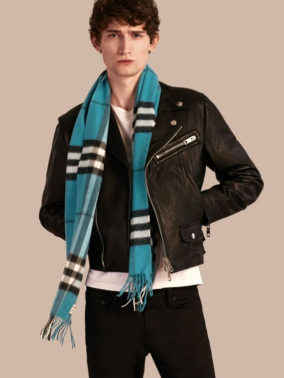Dark aqua The Classic Cashmere Scarf in Check Dark Aqua - cell image 3