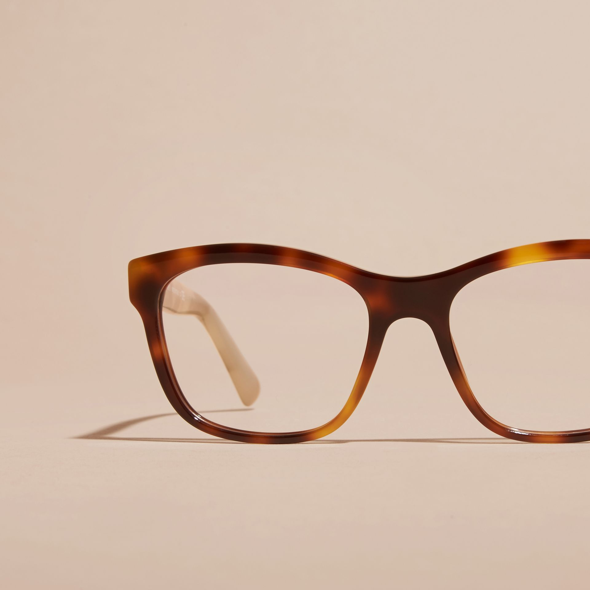 Monture carrée à motif check pour lunettes de vue (Brun Roux Clair) - Femme | Burberry - photo de la galerie 3