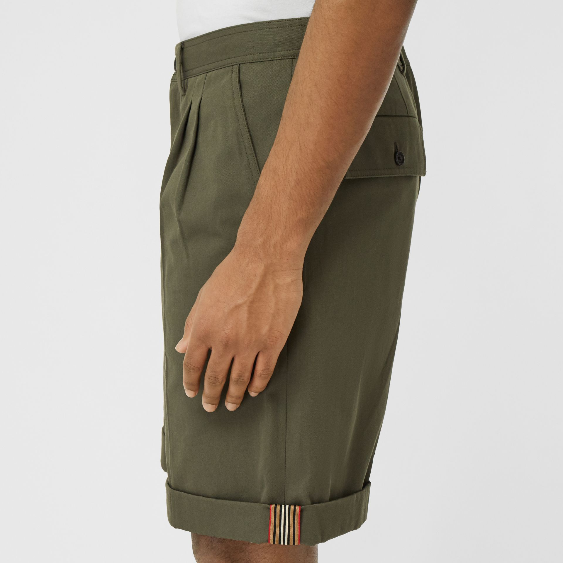 Icon Stripe Detail Cotton Twill Tailored Shorts in Olive - Men | Burberry - gallery image 4