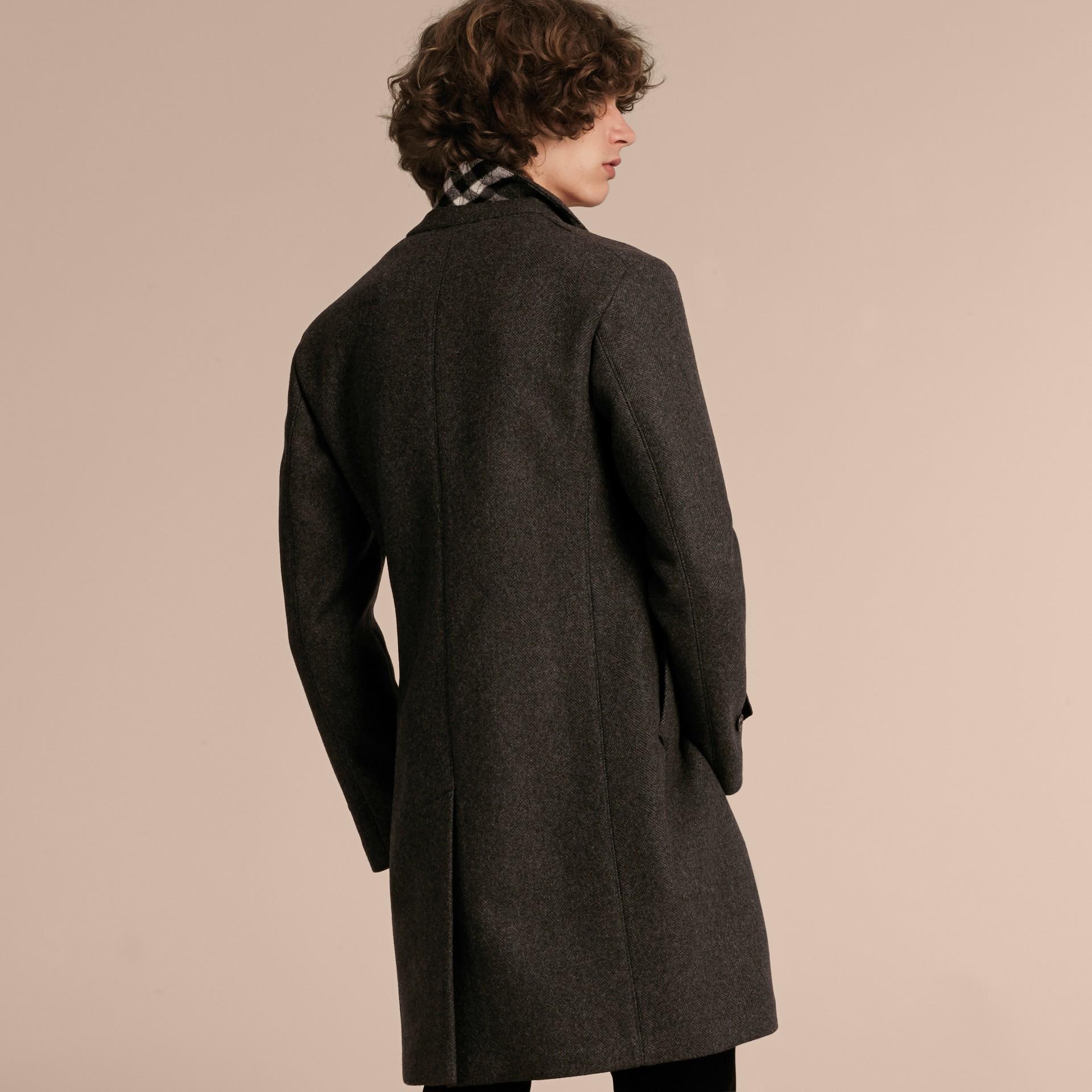 Camaïeu anthracite Manteau ajusté à boutonnage simple en laine mélangée - photo de la galerie 3