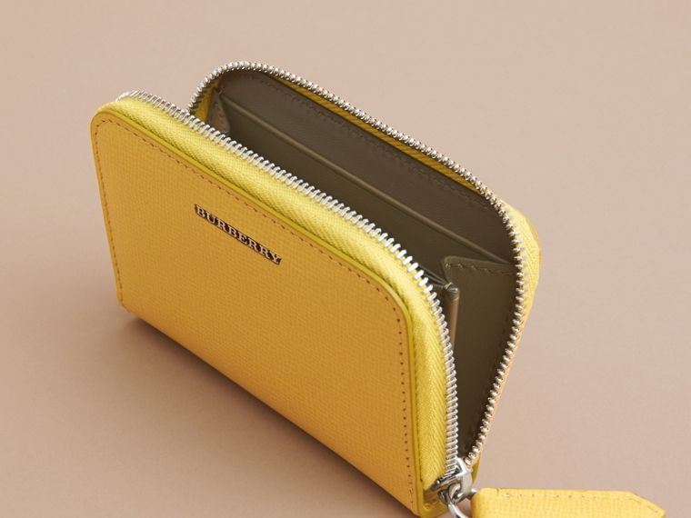 London Leather Ziparound Coin Case in Bright Citrus | Burberry Canada - cell image 4