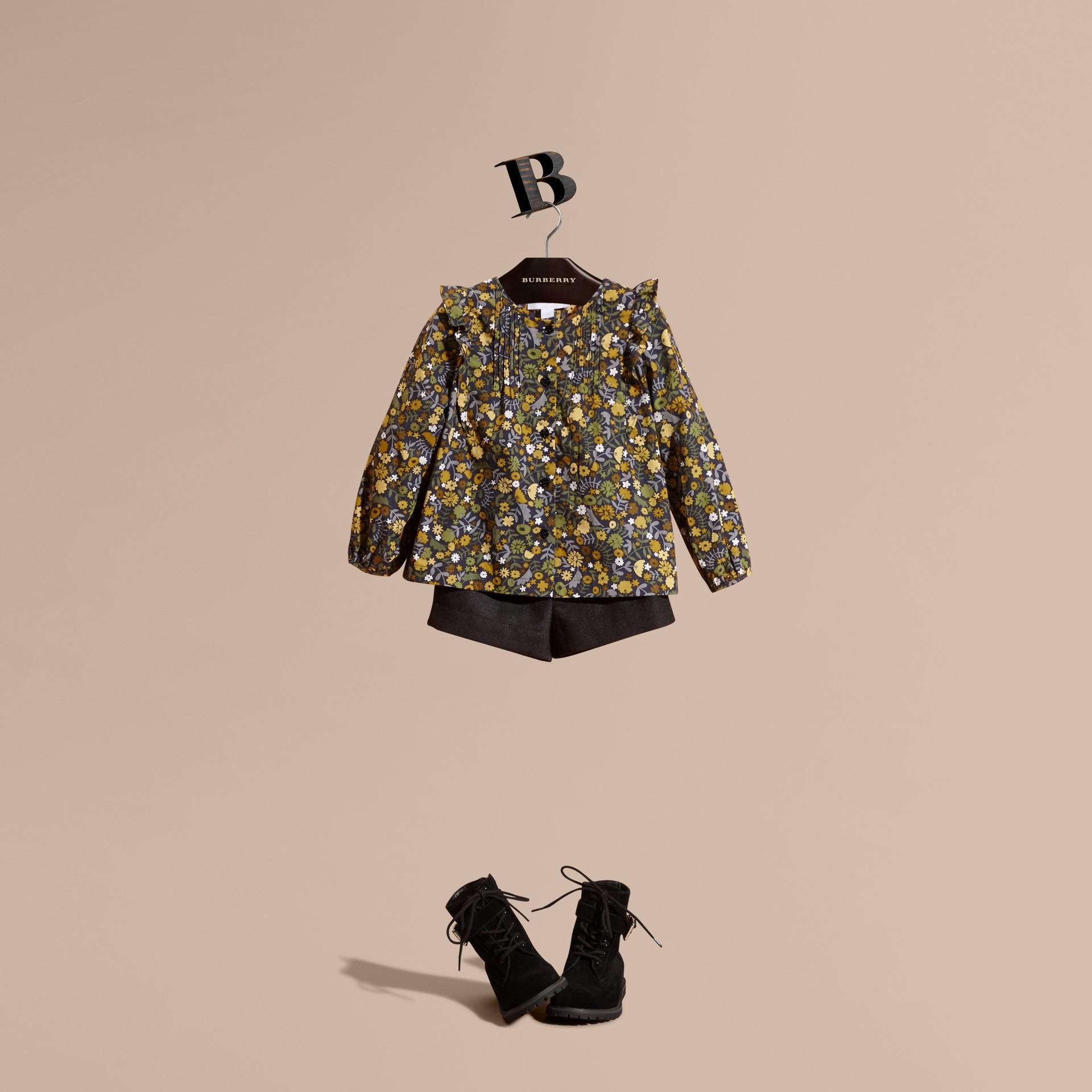 Rauchiges citrinfarben Bluse aus Baumwolle mit floralem Druck und Rüschendetail Rauchiges Citrinfarben - Galerie-Bild 1