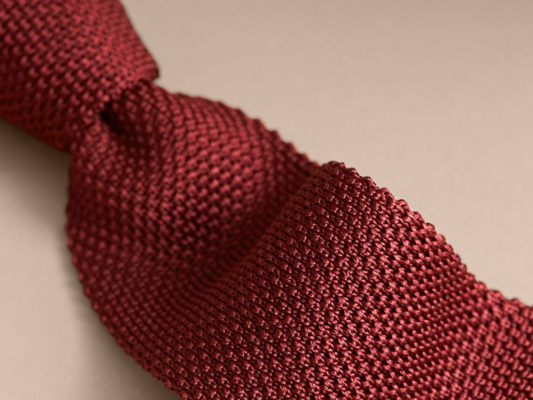 Slim Cut Knitted Silk Tie in Deep Red - cell image 1