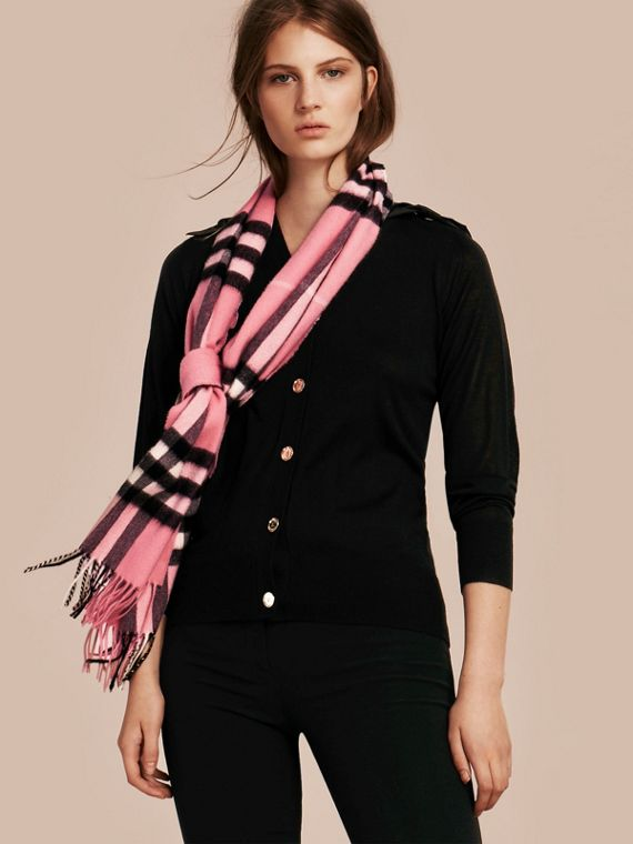 The Classic Cashmere Scarf in Check  Rose Pink - cell image 2