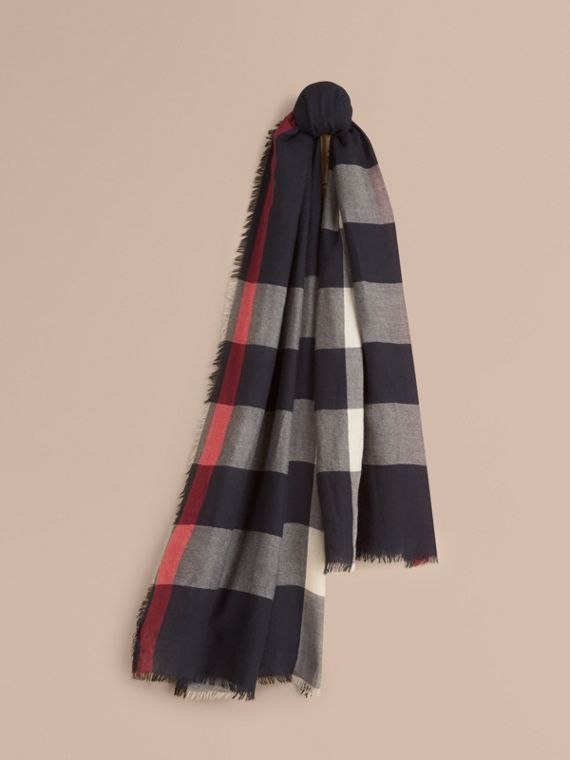 The Lightweight Cashmere Scarf in Check in Navy | Burberry Singapore