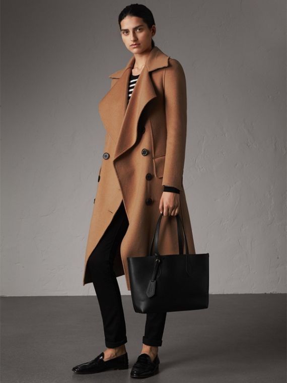 The Small Reversible Tote in Haymarket Check and Leather in Black - Women | Burberry - cell image 2