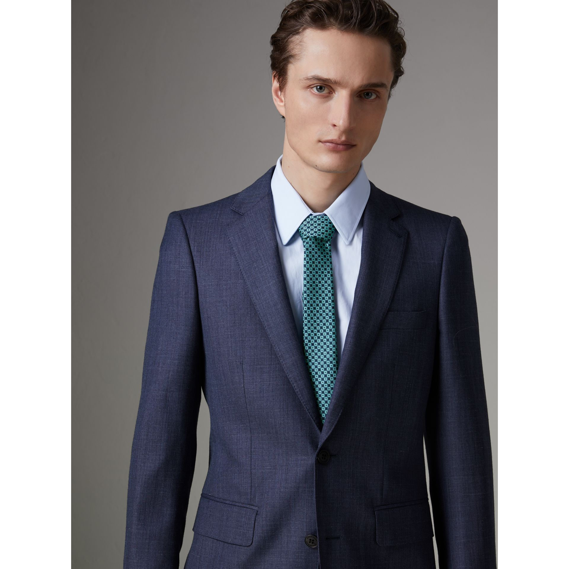 Slim Cut Daisy Silk Jacquard Tie in Turquoise - Men | Burberry - gallery image 2
