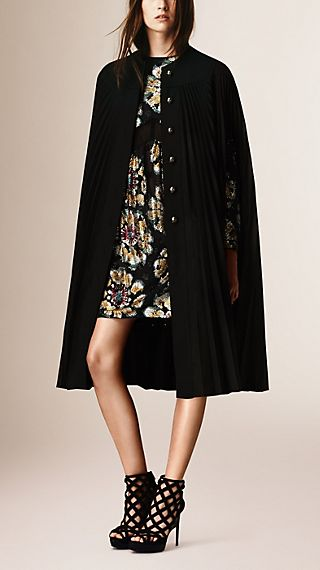 Pleated English-Woven Technical Wool Cape