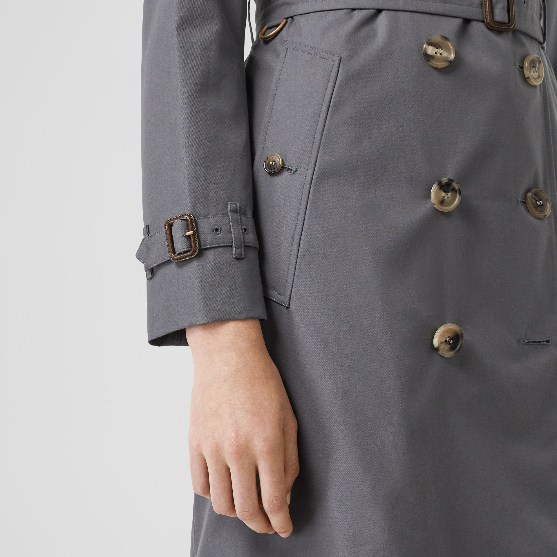 Trench Heritage The Kensington (Gris Moyen) - Femme | Burberry Canada - photo de la galerie 6