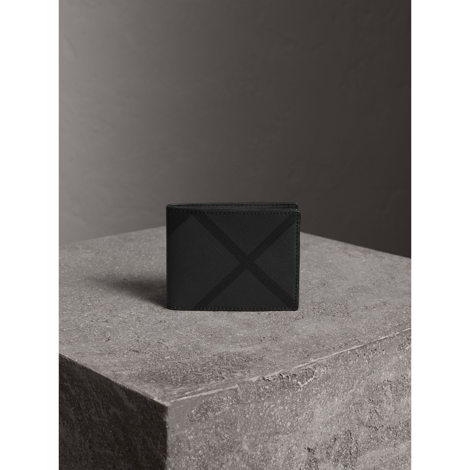London Check Bifold Wallet in Charcoal/black - Men | Burberry - gallery image 5