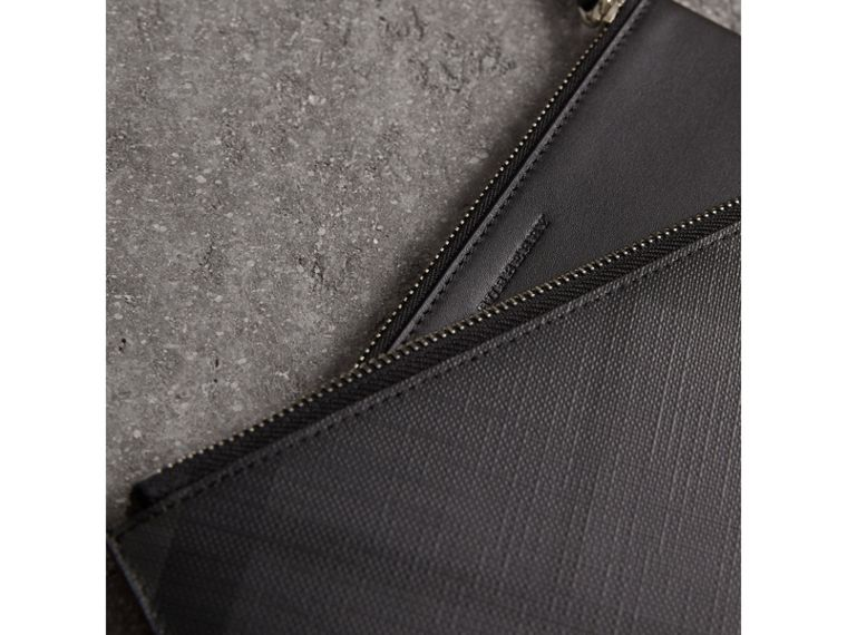 London Check Travel Wallet in Charcoal/black - Men | Burberry Hong Kong - cell image 1