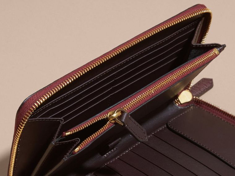 House Check and Grainy Leather Ziparound Wallet in Wine | Burberry - cell image 4