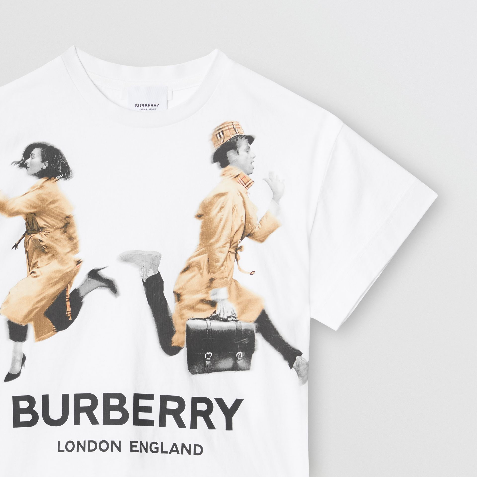 Jump Print Cotton T-shirt in White - Girl | Burberry - gallery image 4