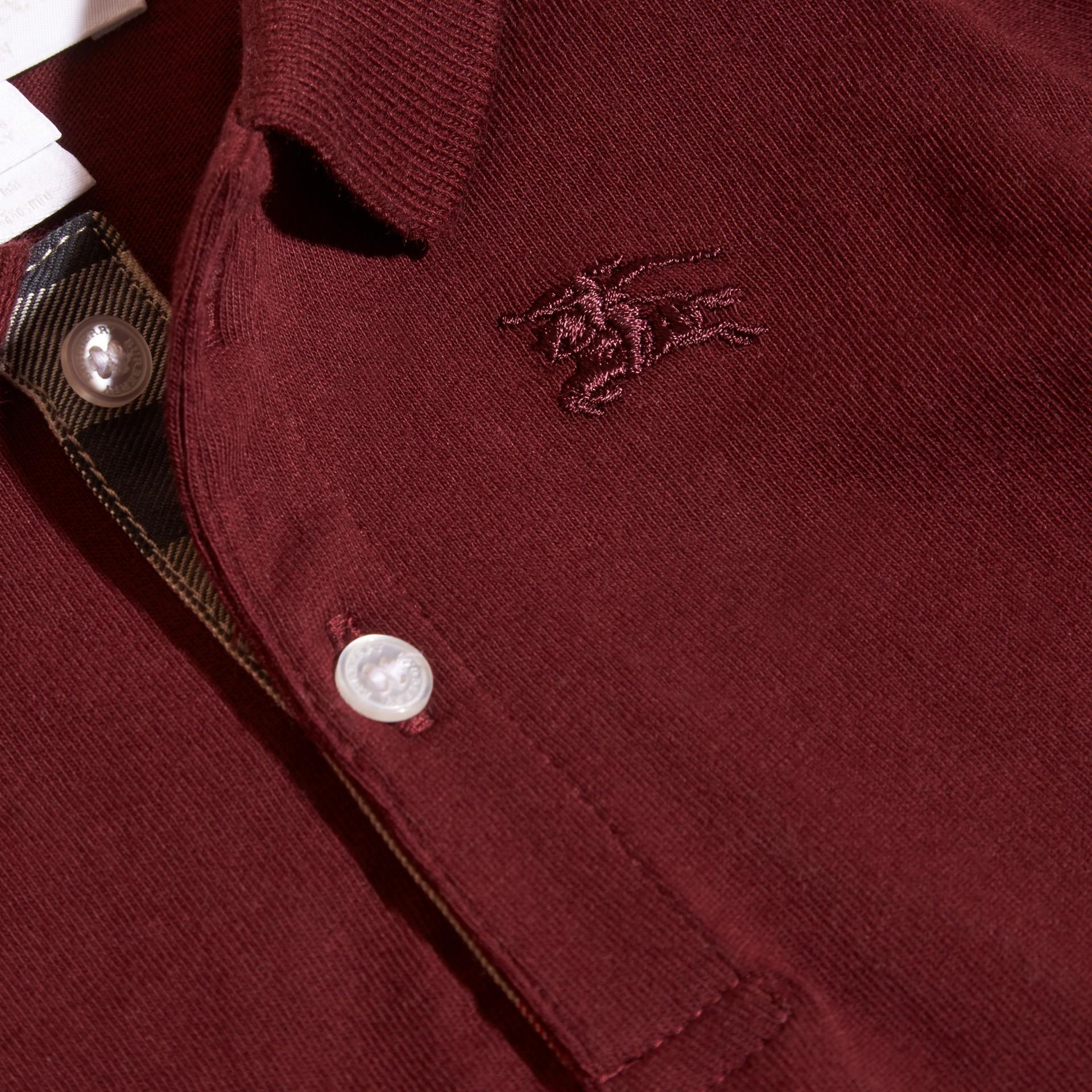 Rouge bourgogne Polo à manches longues en coton avec éléments check Rouge Bourgogne - photo de la galerie 3