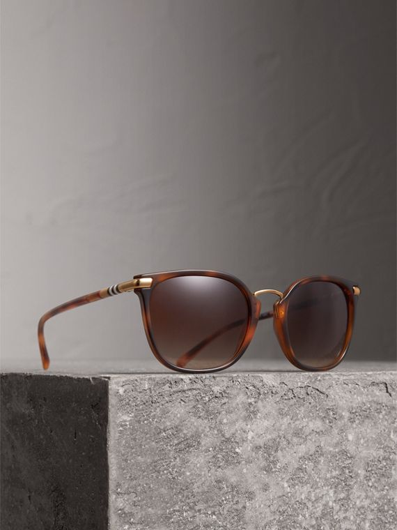 Check Detail Square Frame Sunglasses in Tortoise Shell