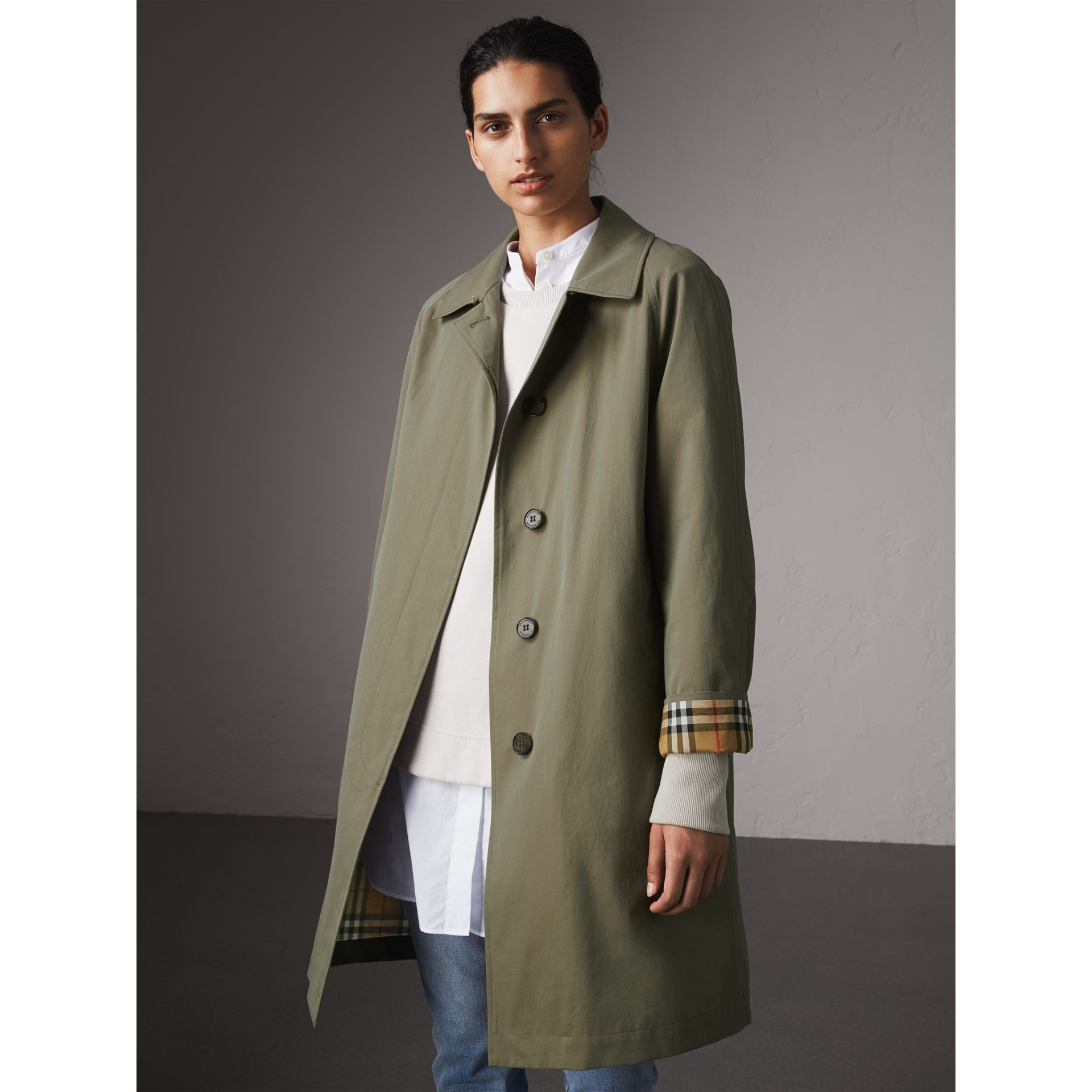 The Camden – Long Car Coat in Chalk Green - Women | Burberry Singapore - gallery image 1