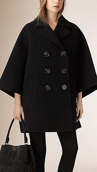 Manteau poncho en laine à double boutonnage