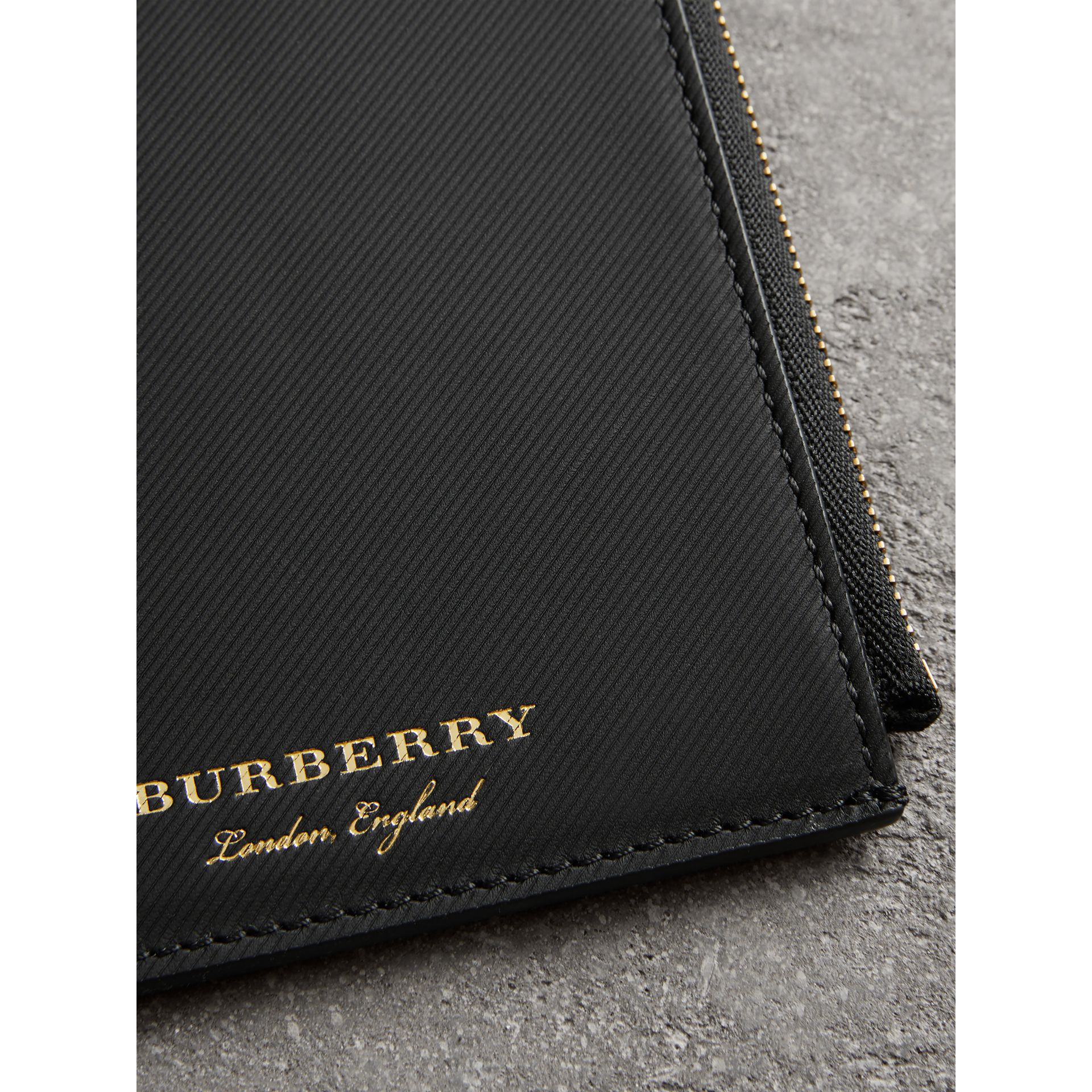 Trench Leather Ziparound Passport Holder in Black | Burberry - gallery image 1