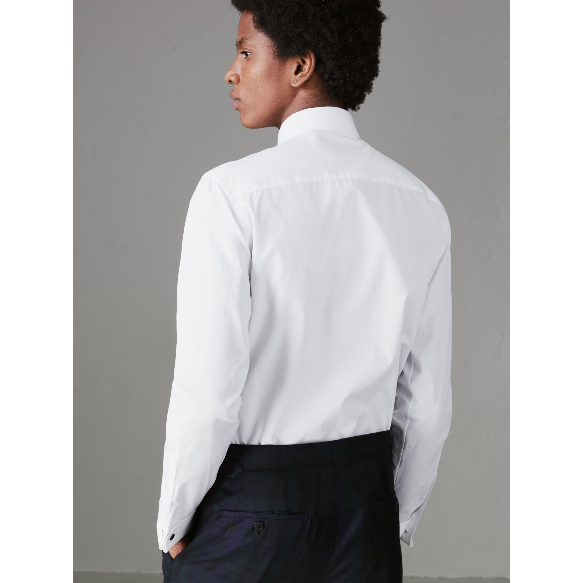 Slim Fit Double Cuff Cotton Poplin Shirt in White - Men | Burberry Canada - gallery image 2