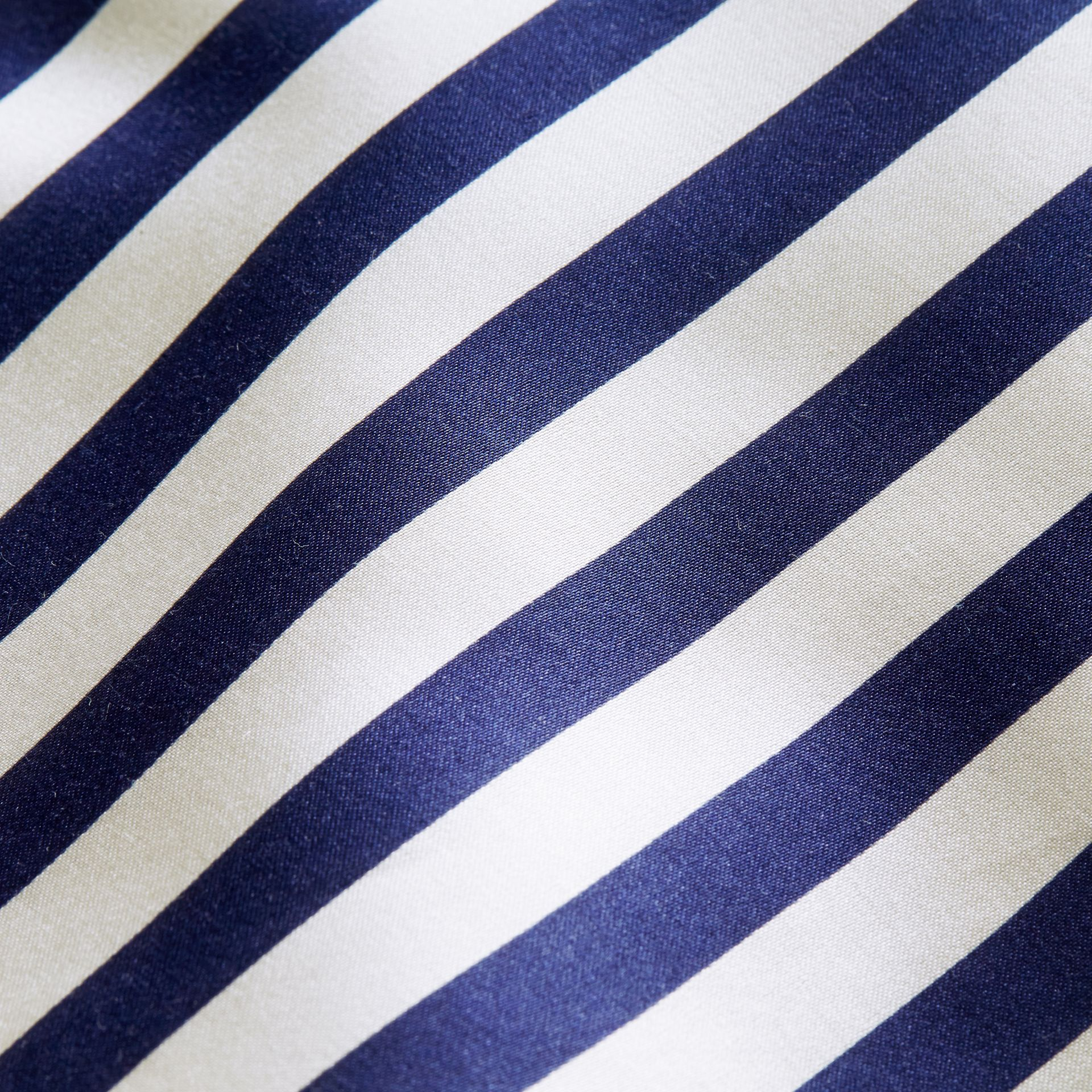 Unisex-Sweatshirt mit Streifenpanel aus Baumwollseide (Grau Meliert) - Herren | Burberry - Galerie-Bild 2