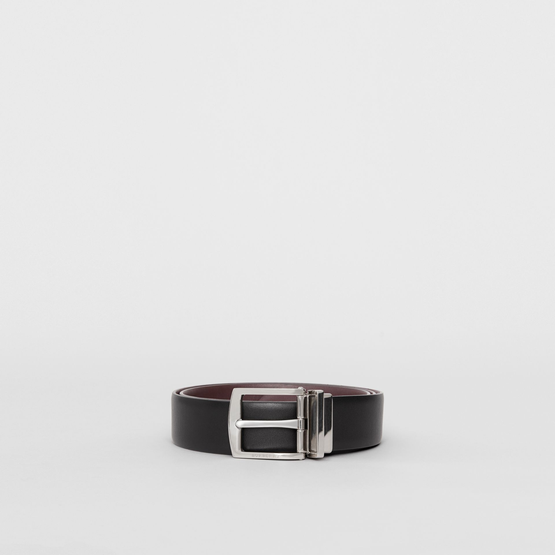 Reversible Leather Belt in Black - Men | Burberry - gallery image 3